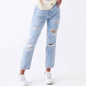 """Pacsun Ripped Light Wash Mom Jeans 12"""" Rise Sz 29"""